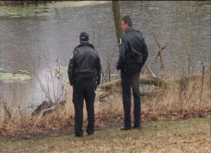 Body discovered in Marquette Park lagoon