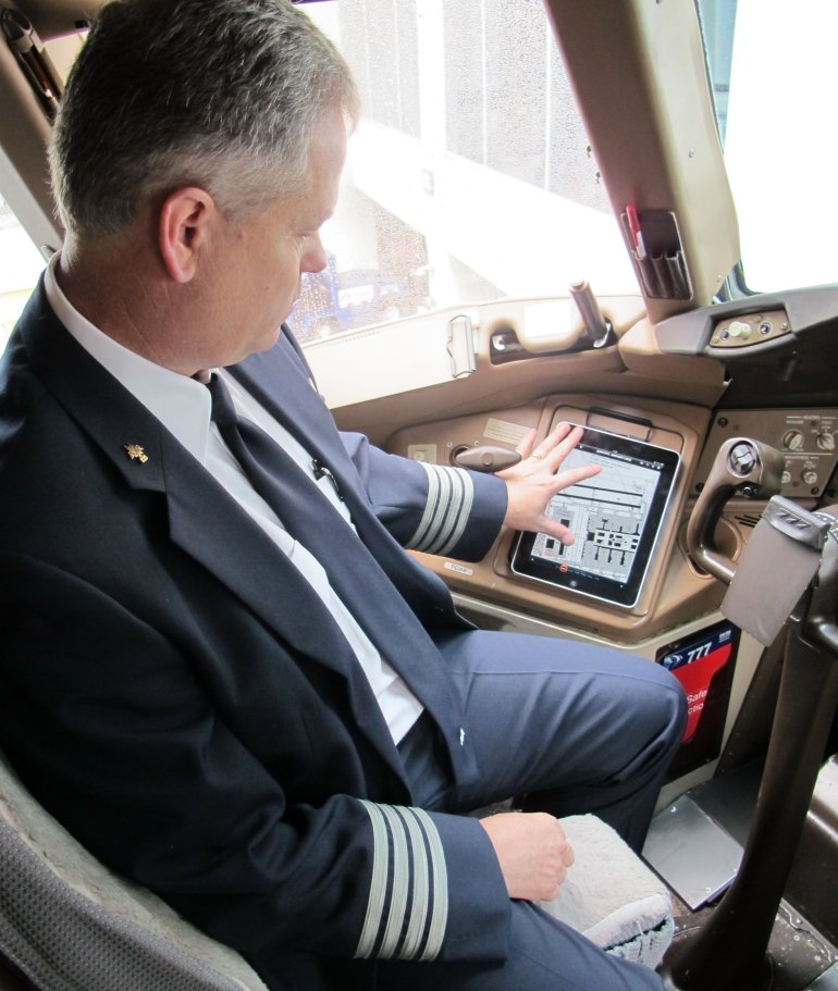 American Airlines pilots to use ipads