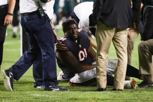 CHICAGO, IL - SEPTEMBER 19:   Eddie Goldman #91 of the Chicago Bears is injured in the second half against the Philadelphia Eagles at Soldier Field on September 19, 2016 in Chicago, Illinois.  (Photo by Jonathan Daniel/Getty Images)