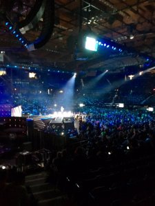 Allstate Chairman and CEO Tim Wilson Speaks to the massive crowd at WE Day Illinois.
