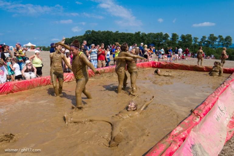 Dirty Girl Mud Run 071214-140711-0949