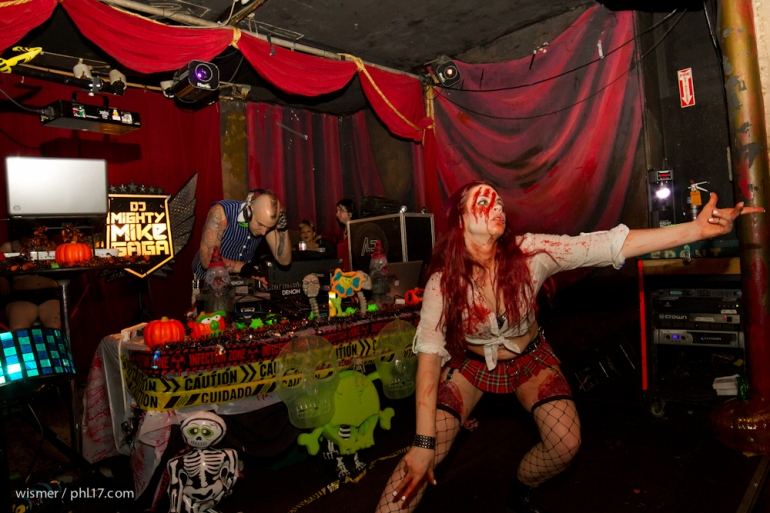Philly Zombie Prom 092714-0273