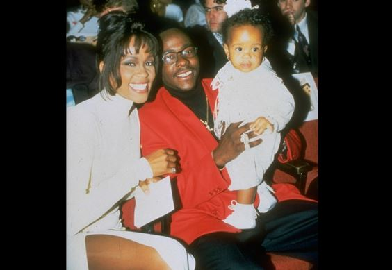 FAMILY TIME: A young Bobbi K with mom Whitney Houston & dad Bobby Brown
