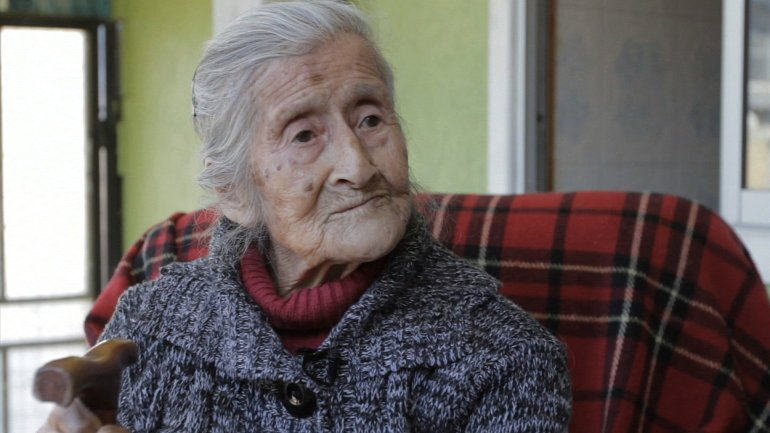 Estela Meléndez, 91, says she has had a lump on her belly for many years, but had no idea that she was carrying a fetus. Doctors say it has been in her uterus for over six decades. The fetus is calcified and poses no health risk to the woman.