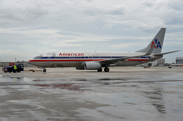 American Airlines pilot dies midair on flight from Phoenix to Boston
