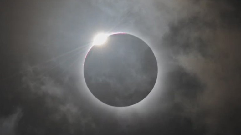 150318172835-orig-mclaughlin-what-is-a-solar-eclipse-00005317-exlarge-169