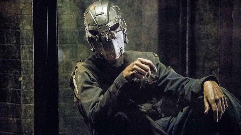 iron-mask-the-flash-thecw