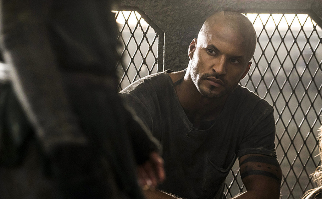 Ricky Whittle as Lincoln -- Credit: Katie Yu/The CW